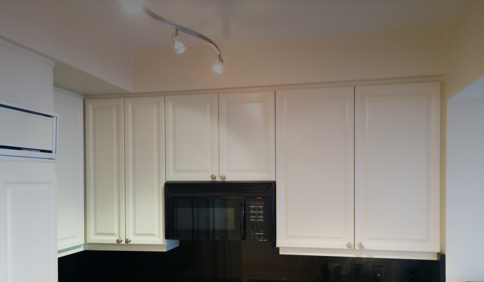 kitchen-cabinets-Painting